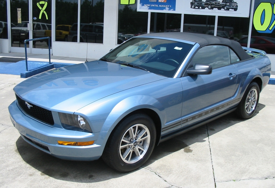 Mustang-top up